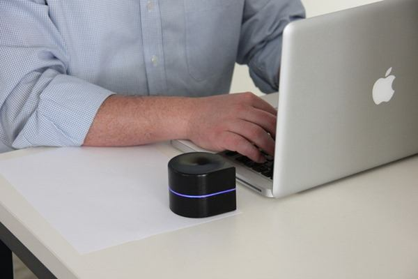 Mobile printer and laptop