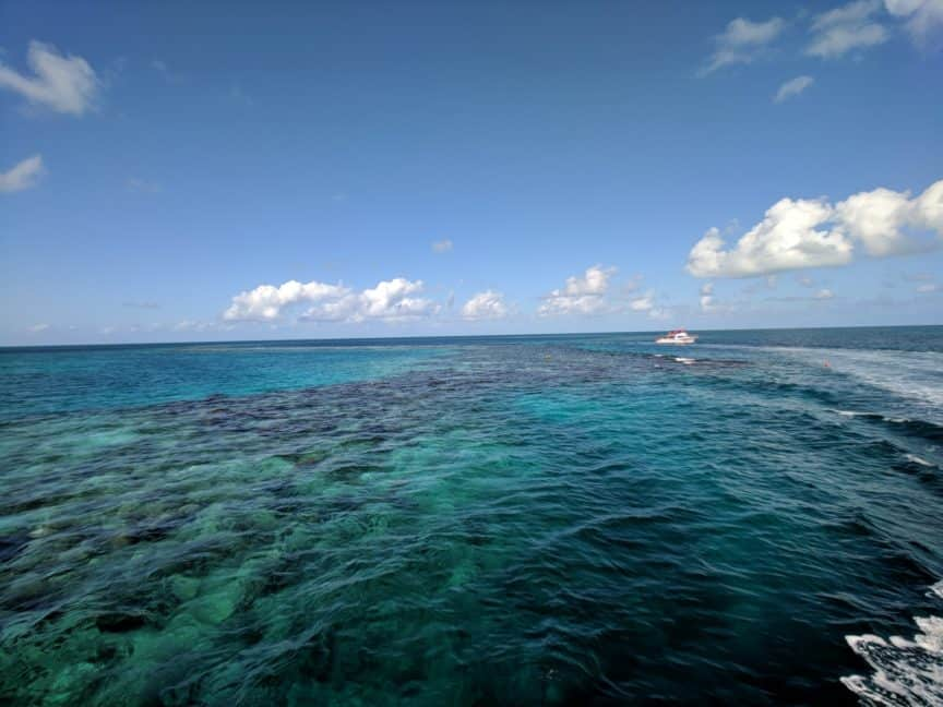 Wide-angle ocean - Moment lens
