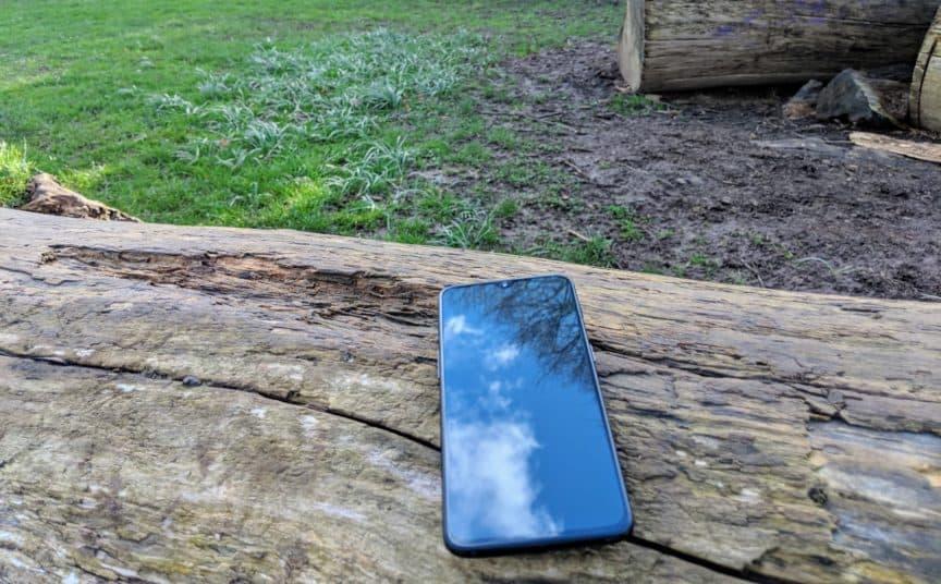 OnePlus 6T on log