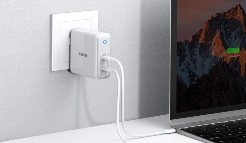 Reviewing the Anker Atom PD2 USB-C Wall Charger for Travelers