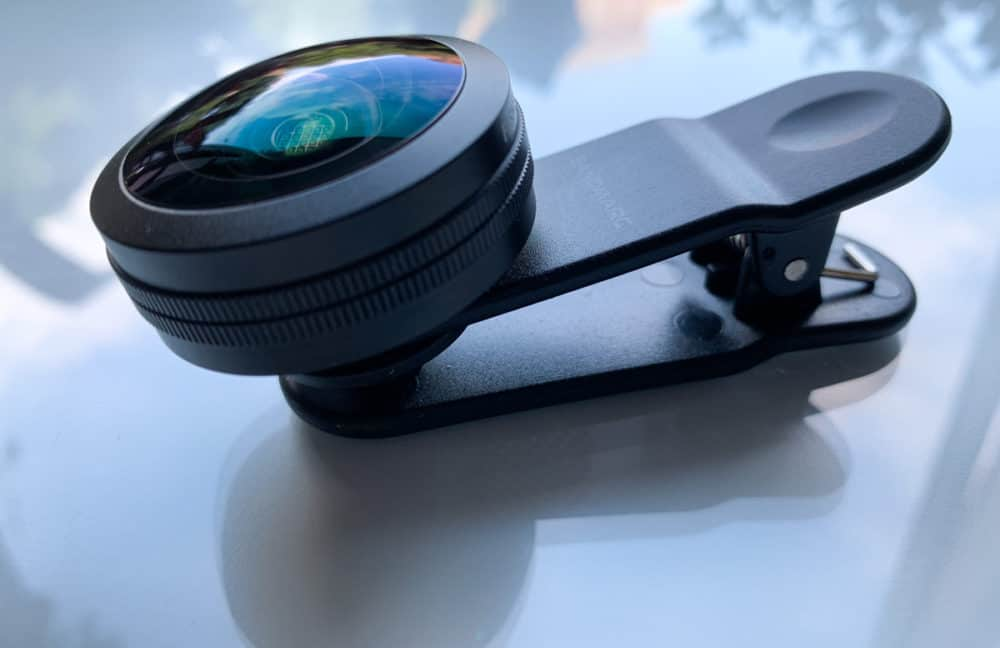 Sandmarc lens with phone clip attachment