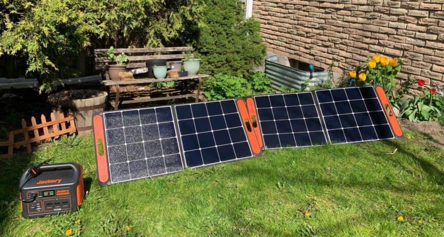 Jackery Explorer 1000 and SolarSaga 100W Solar Panels