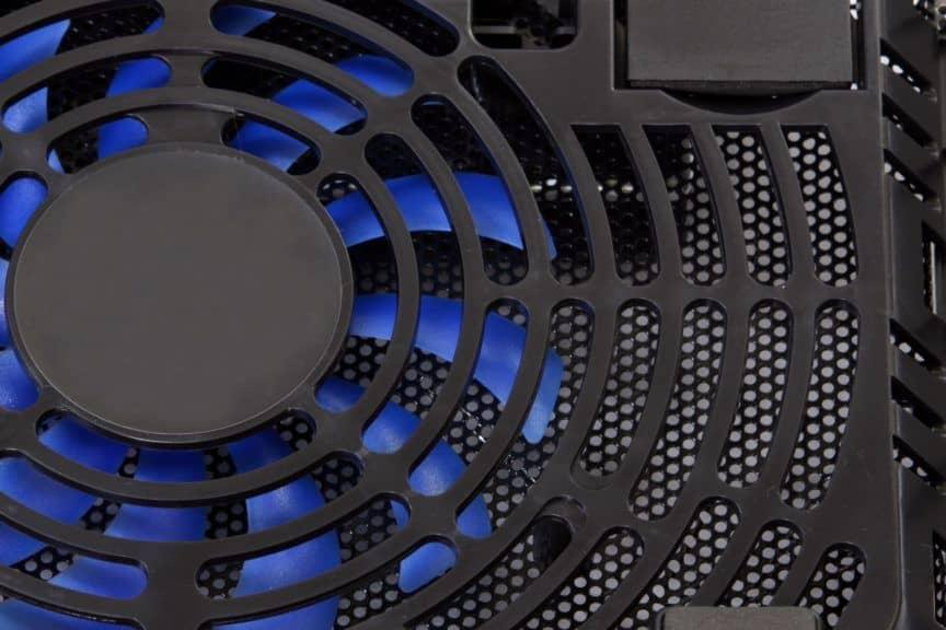 Laptop cooling pad fan