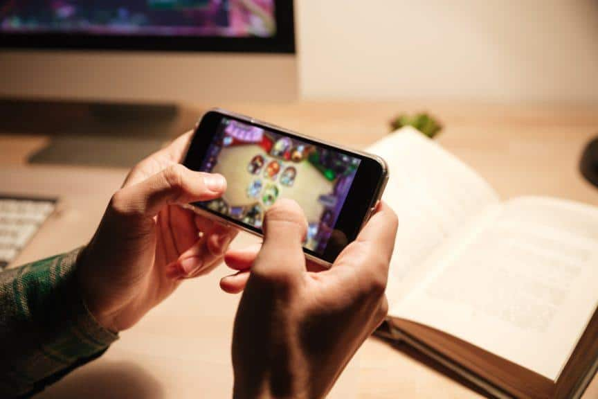 Gaming on smartphone