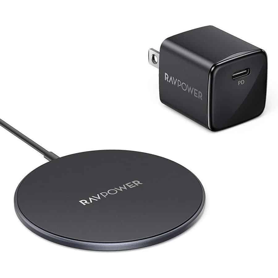 Best Fast Wireless Charger: RAVPower Magnetic Wireless Charger